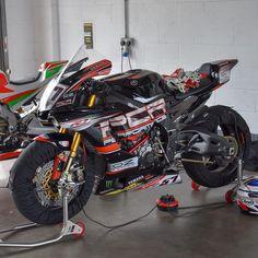 Yamaha Bikes, Yamaha R1, R1 Bike, Ferrari, Supersport, Racing Motorcycles, Super Bikes, Street Bikes, Motogp
