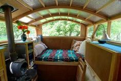 boat or camper. Minivan Camper Conversion, Bus Conversion, T3 Vw, Shanty Boat, Monospace, Van Dwelling, Mobile Living, Bus House, Van Living
