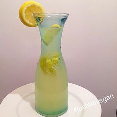 A refreshing homemade organic lemonade made with the juice of 5 lemons, mineral water and stevia  #lemonade #refreshing #raw #organic #healthy #vegan #vegangram #veganshare #healthylife #vegansofig #vegetarian #glutenfree #dairyfree  #healthyeating #healthyliving #eatwell #eathealthy #eatcolourful #cleaneats #plantbased  #fitspo #fitfood #fitfam #foodporn #whatveganseat #fitness #instafit #nutritious #food #justatevegan