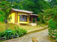 Fotos Pousada Um Lugar De Mato Verde Visconde De Maua Cabanasdecampo Casas Humildes Casas Estilo Campo Casas De Campo Pequenas