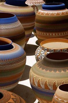 Estilo Mexicano - oh, the pots!