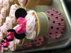 MiniMouse cupcakes #icecreamconecupcakes