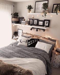 # for # spectacular 11 spectacular modern bedroom . # For # Spectacular 11 Spectacular Modern Bedroom Girl Bedroom Designs Bed Bedroom Vintage, Modern Vintage Bedrooms, Romantic Bedroom Decor, Modern Bedroom Decor, Room Ideas Bedroom, Modern Room, Modern Decor, Bedroom Furniture, Eclectic Modern