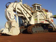 Terex RH400 power shovel