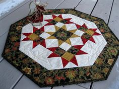 Christmas Drama 27 inch quilted table centerpiece by pinetreelodge,