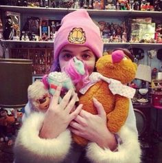 """""""Mom, remember when you took me to that one toy store in Russia? You let me pick out as many toys I wanted."""""""