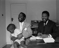 Oliver Tambo and Nelson Mandela meeting in London, 1962. Photo: University of Dundee, Michael Peto Photographic Collection, courtesy of Have You Heard From Johannesburg (www.clarityfilms.org)