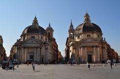 Piazza dei popolo. Chiese gemelle.           Santa Maria dei Miracoli (right) e                Santa Maria in Montesanto(left).