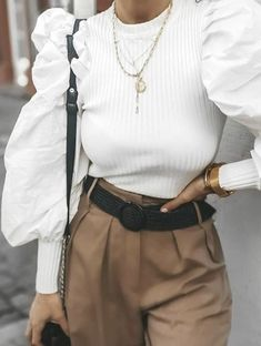 Modest Fashion, 90s Fashion, Fashion Dresses, Womens Fashion, Fashion Tips, Cool Style, My Style, Pleated Pants, Fashion Quotes
