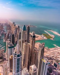 Dubai Tower, Dubai City, Dubai Uae, Dubai Houses, Dubai Buildings, Malaysia Tourism, Colorado Tourism, Dubai Architecture, Beautiful Places To Travel