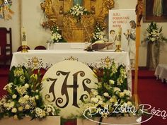 Altar Decorations, Family Day, Corpus Christi, First Communion, Floral Arrangements, Decoupage, Flowers, Home Decor, Collections