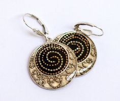 Black Silver earrings with free spirals element made by hilawelner,