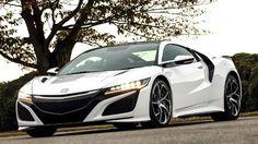 Der Honda NSX ist ab nächstem Jahr wieder da - jetzt gibt es die ersten Testfahrten mit den Supersportler aus Japan.Seit fast vier Jahren stimmt Honda die Schnellfahrer dieser Welt mit immer neuen Studien und Vorserienmodellen auf das Comeback des...