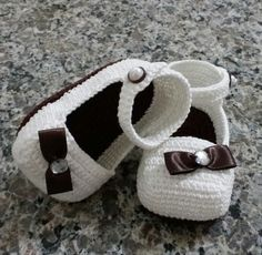 Sapatinho de bebê em crochê