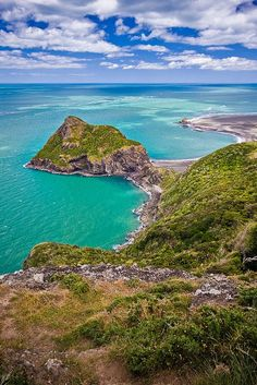 Waitakere Ranges, New Zealand North Island | Jeff Pang on flickr