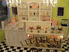 cupcakes, cake cookies, and more | Kim Saulter | Flickr