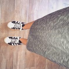 Aujourd'hui j'opte pour un look sportswear avec ma paire de Superstars et ma robe CharlotteAire. #wiwt#summer#charlotteaire#adidas