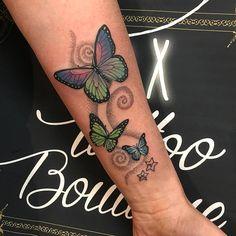 Lindo Mariposas revoltosas