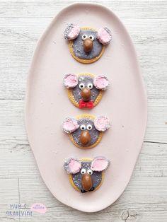 Make: Easy-peasy, super-cute koala biscuits Australian Party, Australian Animals, Australian Art For Kids, Australia Day Celebrations, Koala Craft, Birthday Party Desserts, Birthday Ideas, Australia Crafts, Cake Stall