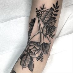 by @thiefhands ✖️ #blxckink Submit: blxckink@gmail.com ✖️ #tattoo #tattoos #ink #tat #black #blackwork #bw #blacktattoo #linework #dotwork #tattooidea #engraving #tattooflash #tattoosofinstagram #tattoolife #tattooart #tattoodesign #artist #tattooartist #tattooist #tattooer #tattooing#tattooed #inked #art #bodyart #artoftheday