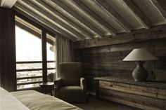 Renovated mountain resort using a rustic but inviting decorative style in Megève, France Architects:AM Designs Location:Megève,France Photography: ©AM Designs Thank you for reading this article!