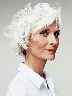 Aging gracefully & gray hair