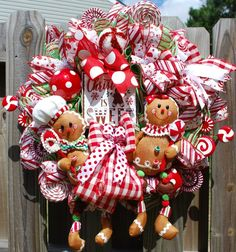 Below are the Christmas Wreath Decoration Ideas For Your Front Door. This post about Christmas Wreath Decoration Ideas For Your Front Door was posted under the Outdoor category by our team at February 2019 at pm. Gingerbread Christmas Decor, Gingerbread Man Decorations, Handmade Christmas Decorations, Christmas Ornaments To Make, Christmas Projects, Christmas Time, Holiday Decorating, Christmas Ideas, Gingerbread Man Crafts