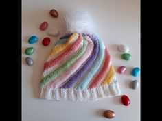 Dear ladies at home I'm publishing the construction of spiral candy beanie with the remaining ropes. Beanie knitted beads for 1 and 2 years old babies - Women Weaves Baby Hats Knitting, Knitting For Kids, Crochet Shawl, Easy Crochet, Knitted Beret, Spiral Pattern, Crochet Videos, Free Pattern, Knitting Patterns