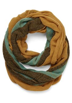 fall color infinity scarf http://rstyle.me/n/rqnvhr9te