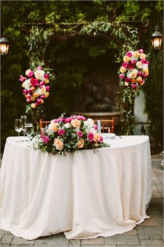 La Tavola Fine Linen Rental: New York Ivory | Photography: Lauren Scotti Photographer, Event Planning & Design: LVL Weddings & Events, Flowers: Wisteria Grove