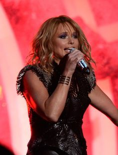 """Miranda Lambert Photos Photos - Singer Miranda Lambert performs """"Little Red Wagon"""" onstage during The 57th Annual GRAMMY Awards at the at the STAPLES Center on February 8, 2015 in Los Angeles, California. - 57th GRAMMY Awards - Show"""