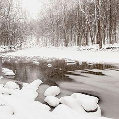 Brecksville Reservation. #kkgroupies #pin #ohio #myoh #ohphotography #winter #winterinohio #snow #ohioexplored #roamohio #brecksvillereservation #cvnp #cuyahogavalleynationalpark #simplepleasures #simplejoys #simplelife #1000gifts