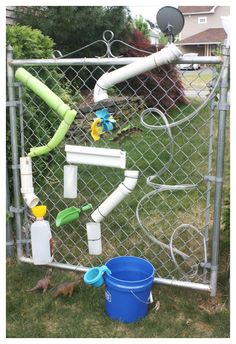 DIY Homemade Water Wall Summer Water Play Make an easy homemade water wall this summer for stress free backyard play! Use what you have to make a cool water wall everyone will want to play with too. Water Play For Kids, Kids Play Area, Backyard Playground, Backyard For Kids, Playground Ideas, Backyard Games, Outdoor Games, Backyard Ideas, Outdoor Play Spaces