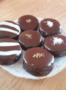 Hungarian Cake, Hungarian Recipes, Sweet Desserts, Sweet Recipes, Cake Recipes, Waffle Cake, Homemade Sweets, Small Cake, Winter Food