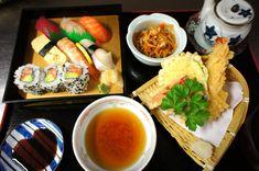 Probieren Sie unser #Mittag #Set #Menü! #Riesengarnelen-, #Fisch- und #Gemüse-Tempura, Kleine saisonale Vorspeise, Salat mit japanischem Dressing, Salzgemüse, Reis, #Misosuppe  #日本酒 #酒 #お酒 #food #japan #nippon #nihon #dinner #foodie #washoku #lunchtime #osake #drink #wienliebe #freshsushi #alleswirdgutküche #restaurant #special #foodpic #foodvienna #Cosy #tea #casual Tempura, Fresh Rolls, Ethnic Recipes, Dressing, Dinner, Food, Caribbean, Weather Vanes, Dining