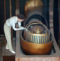 Howard Carter (as never seen before) with Tutankhamun - San Francisco - Wax Museum - King Tut | Flickr - Photo Sharing!