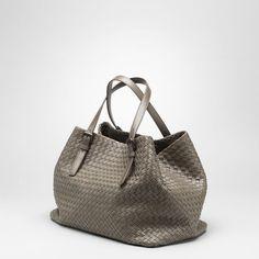 Bottega Veneta - Borse - Shopping - Donna - 272154V00166560 -  FASHIONQUEEN.NET Gucci Handbags fbb8f4bf8788e
