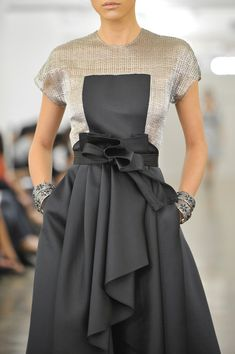 Sumptuous waterfall pleats  waist wrap detail; closeup fashion details // Carmen Marc Valvo