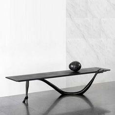 leda low table by Salvador Dali produced by Bd Barcelona design - click to enlarge