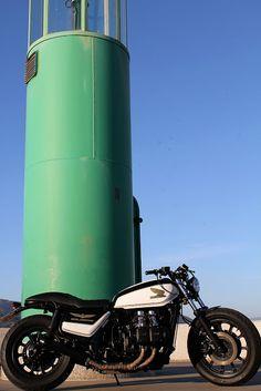 ϟ Hell Kustom ϟ: Honda GL1100 Goldwing By Tarmac Custom Motorcycles...