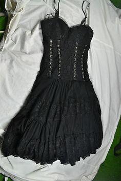 Corset style black lace gothic dress (goth, emo, punk, victorian, steampunk) Dark Fashion, Gothic Fashion, Women's Fashion, Fashion Tips, Modern Victorian, Victorian Steampunk, Emo Dresses, Fashion Dresses, Beautiful Dresses