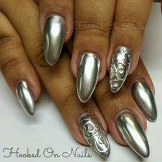 Almond shape, chrome, mirror effect, Mia Secret Mirror effect, silver nails