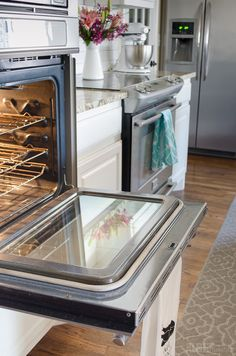This clean oven glass used to be totally nasty. I can't believe she got it this clean without chemicals!