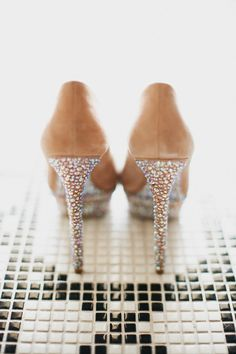 Wedding Shoes Worth a Double Take - Style Me Pretty Pretty Shoes, Beautiful Shoes, Sweet Style, Style Me, Brian Atwood, Wedding Beauty, Dream Wedding, Walk This Way, Family Posing