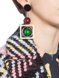 MARNI Orecchini a clip con sfere in corno colorato