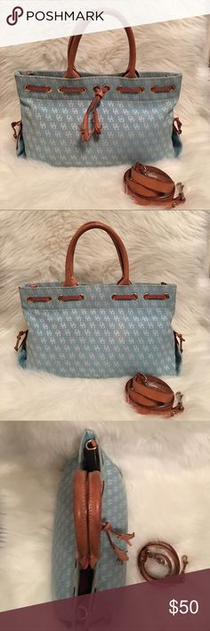 ⚡️FLASH SALE⚡️Dooney & Bourke Tassel Tote Satchel Well loved, has 4 small spots where it's dirty but nothing major like a ink stain, rip not tear. Dooney & Bourke Bags Totes