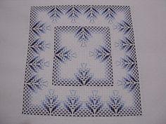 Jacobean Embroidery, Swedish Embroidery, Ribbon Embroidery, Embroidery Art, Cross Stitch Embroidery, Embroidery Patterns, Cross Stitch Patterns, Sewing Patterns, Needlepoint Stitches