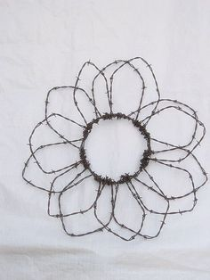 barbed wire flower @ Do It Yourself Pins