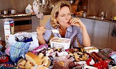 Not all emotions are equal when it comes to emotional eating. Feelings of shame may be especially likely to lead to emotional eating and binge eating. Compulsive Eating, Compulsive Overeating, Stop Overeating, Binge Eating, Was Ist Nlp, Lose Fat, How To Lose Weight Fast, Reduce Weight, Stress Eating