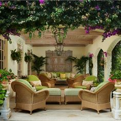 The Different About Outdoor Country Patio Design Styles - Best . Patio Tropical, Tropical Houses, Outdoor Living Rooms, Outdoor Spaces, Outdoor Decor, Outdoor Photos, Outdoor Ideas, Pergola Patio, Backyard Patio